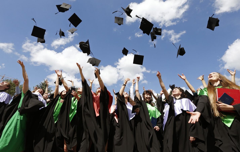 Последнее, на что вам следует обратить внимание при выборе университета, – это то, во сколько вам это обойдется.