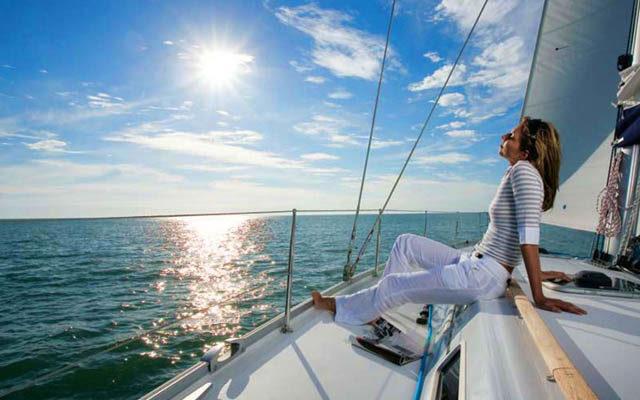 Отдых на яхте в открытом море