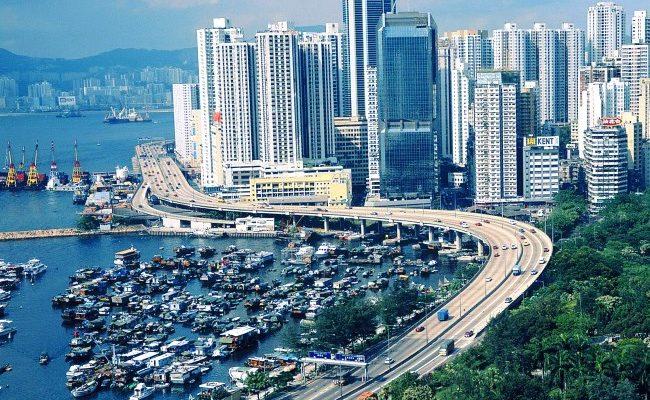 Гонконг - обилие небоскрёбов