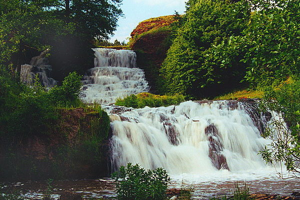 Водопад в Ныркове
