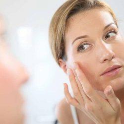 Зимний крем для лица: как правильно выбирать средство по типу кожи