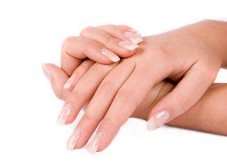 Как надолго сохранить красоту женских рук