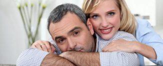 Разница в возрасте у супругов: плюсы и минусы, советы супругам