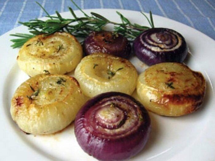 Запеченный лук в фольге в духовке: как приготовить для лечения, рецепт