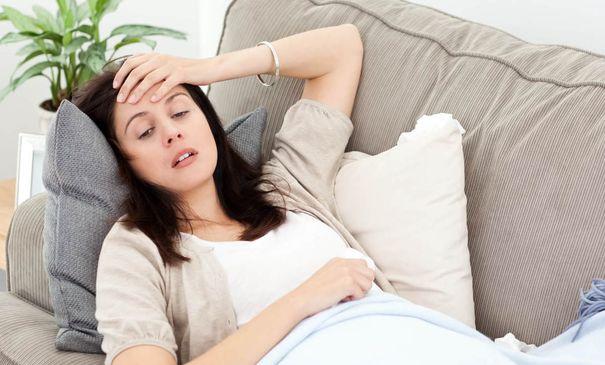 Низкий гемоглобин у женщин после 50: симптомы, причины, как вернуть в норму