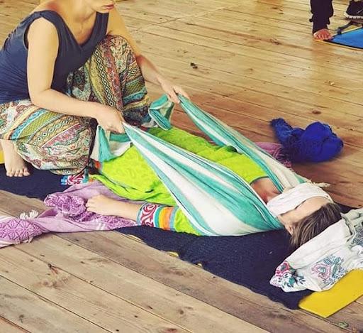 Массаж ребозо: техника шарфом, как сделать беременной жене, советы