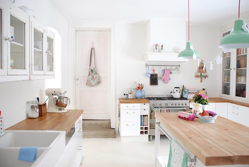 Дизайн маленькой кухни на даче: как построить и сделать своими руками