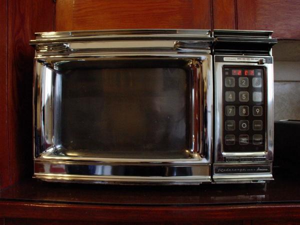 Как отмыть микроволновку снаружи от жира легко и быстро: советы
