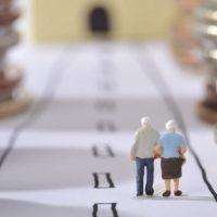 В каком возрасте уходят на пенсию в разных странах