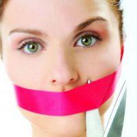 Неприятный запах изо рта: причины и профилактика