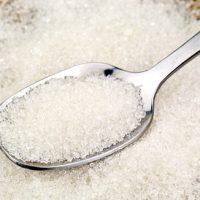 Почему белый сахар считается вредным для здоровья?